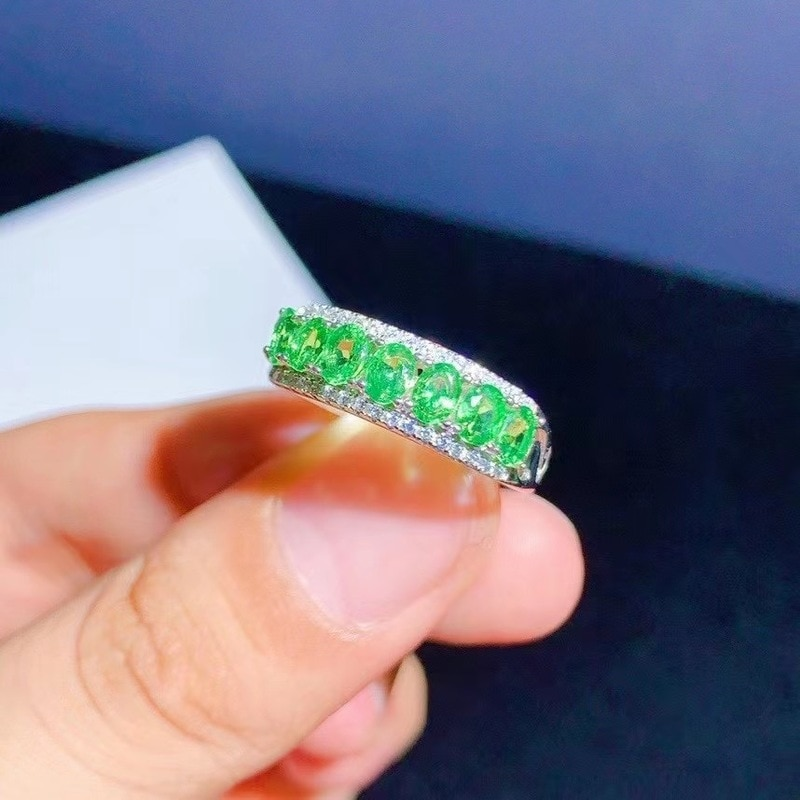 Jewelry 100% Natural Tsavorite Ring for Daily Wear 7Pieces 3*4mm Tsavorite Silver Ring Fashion Silver Gemstone Ring