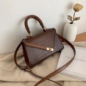2020 New Crocodile Pattern Handbags Women Fashion Trendy Clutch Bag Hand Wild Party Bag Shoulder Messenger Bag Casual