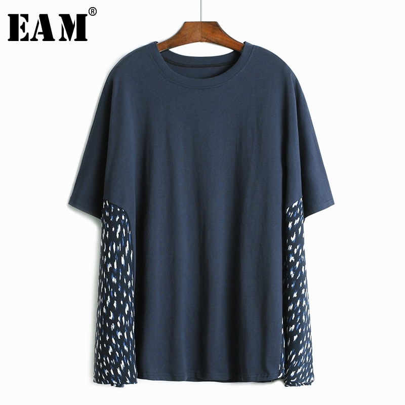 [EAM] Camiseta estampada con estampado lateral azul de talla grande para mujer, nueva camiseta de cuello redondo de media manga a la moda para primavera y verano 2020 1W353