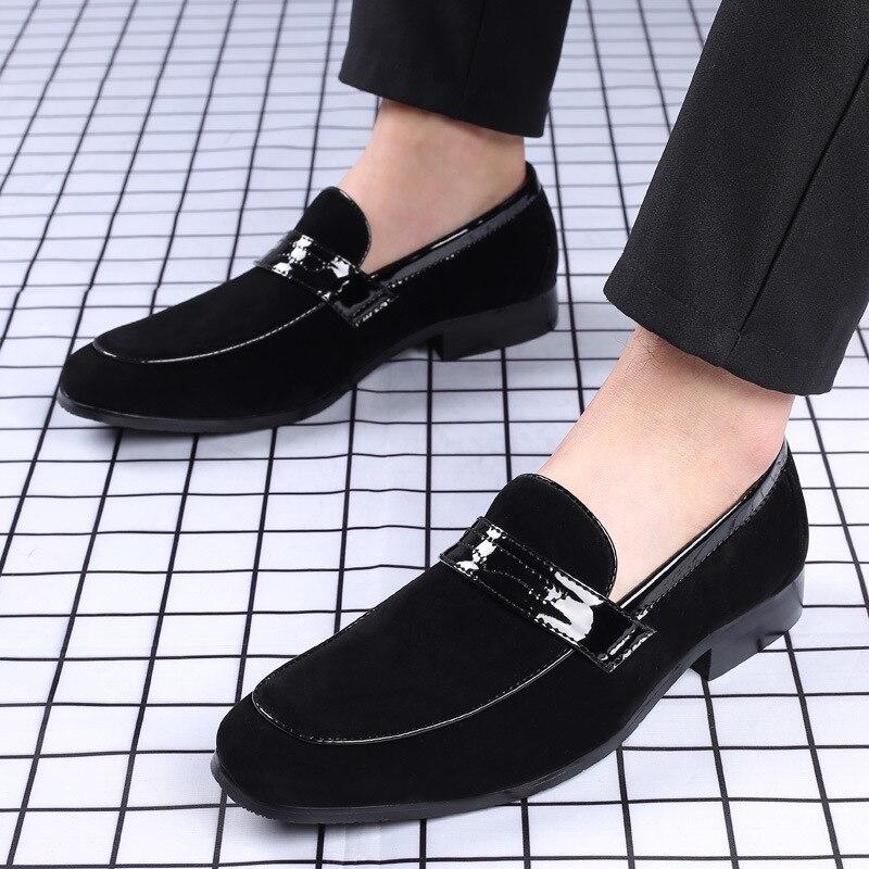 2021 جديد الرجال بولي Leather جلد حذاء كاجوال أحذية مزدوجة عصرية قدم واحدة أحذية Denglefu مريحة العريس أحذية KA011