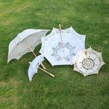 Ślub panny młodej koronkowy parasol 2021 czysty biały haftowany styl europejski drewniany uchwyt rekwizyty ślubne dekoracje ślubne parasol