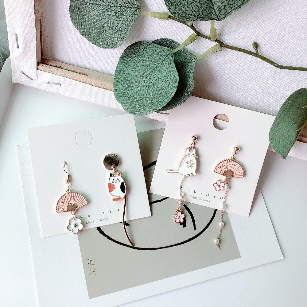 SQUERIM nuevo lindo asimétrica Japón gato ventilador pendientes de esmalte pendientes para las mujeres de moda de cara de gato joyería regalos