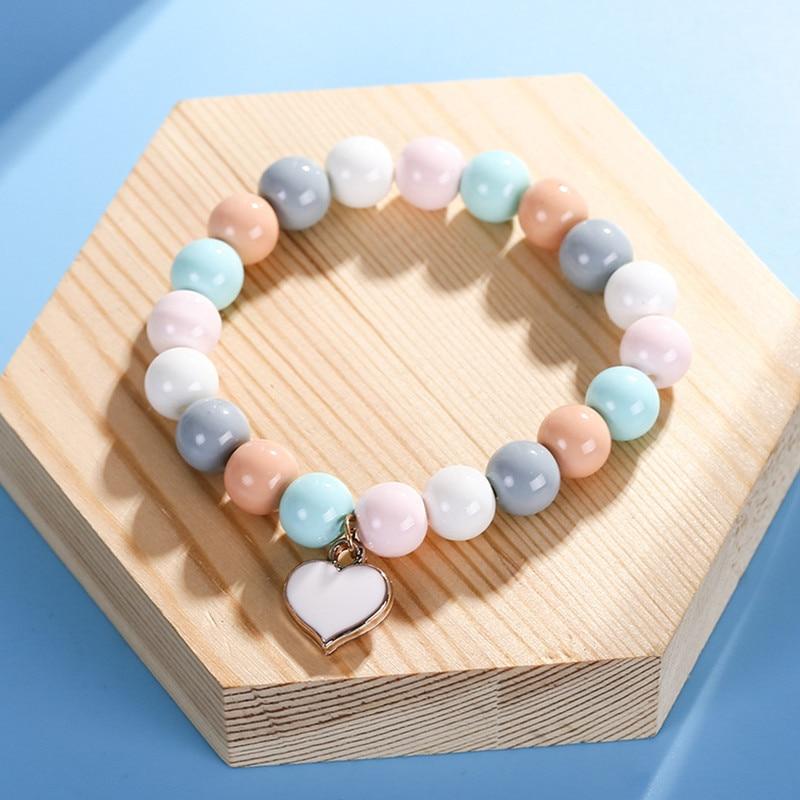 IYOE 10mm Candy Color Acrylic Glass Beads Bracelets For Kids Women White Red Enamel Heart Pendant Friendship Bracelet Gift