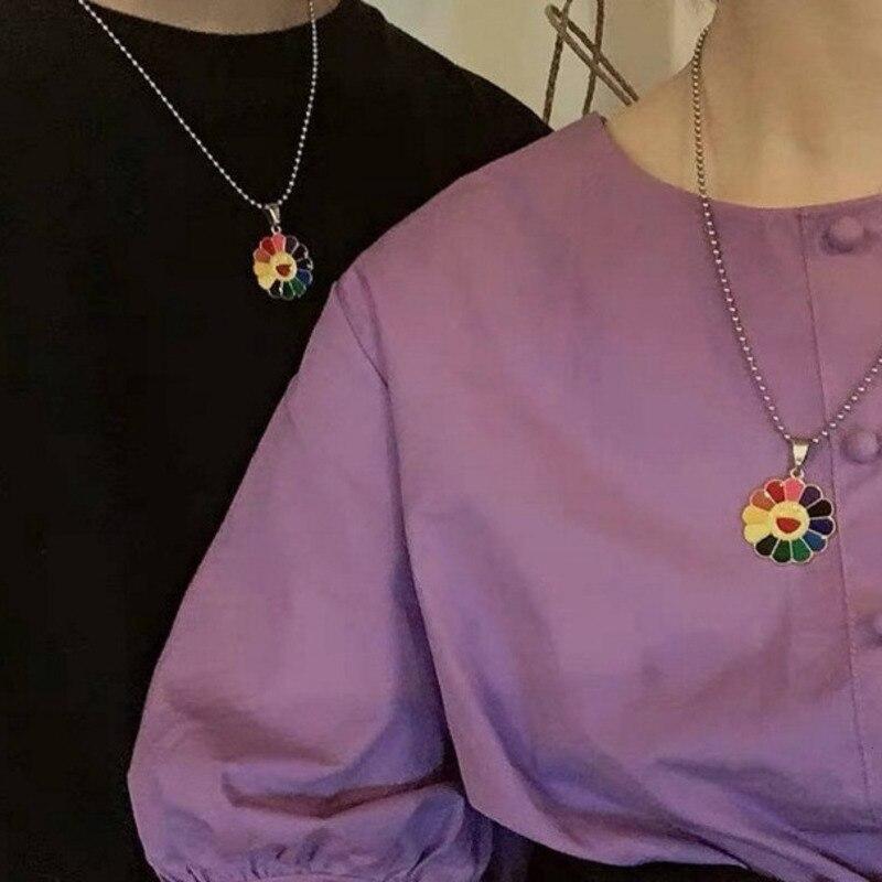Kpop E-menina Harajuku Sol Colar de Aço Inoxidável Colar de Pingente de Flor Pétalas de Girassol Colorido Smiley Pode Ser Girado