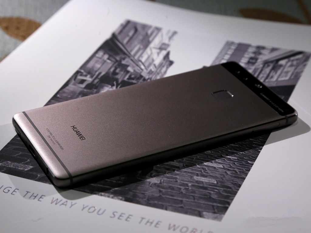 For HuaWei P9 smartphone 3000mAh celular 3GB RAM 32GB ROM Android 6.0  Kirin 955  5.5