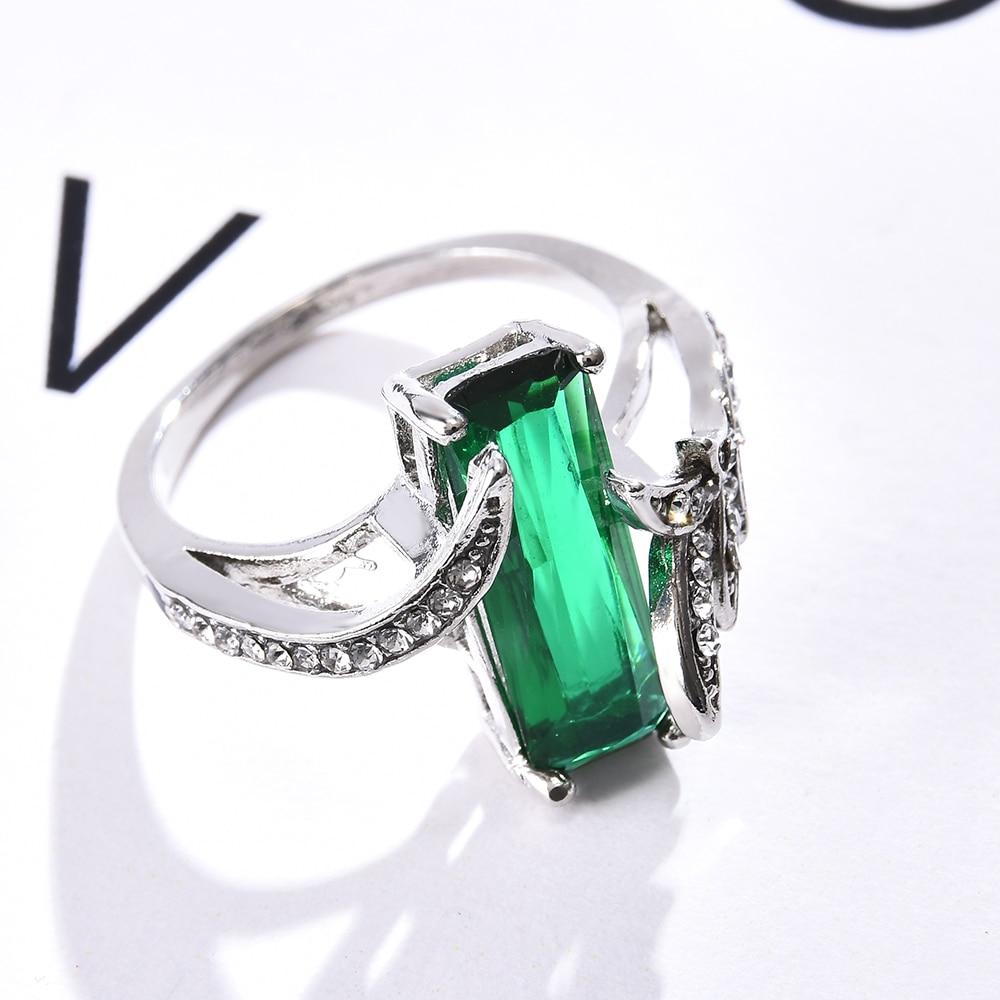 Prata cor anéis de casamento para mulheres hyperbole cuboid strass incrustado verde moda jóias anel de noivado venda quente