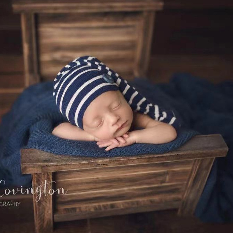 Newborn Photography Props Boy Retro Striped Wood Bed Baby Girl Accessories Wooden Chair Kids Photo Shooting Furniture Decoration enlarge