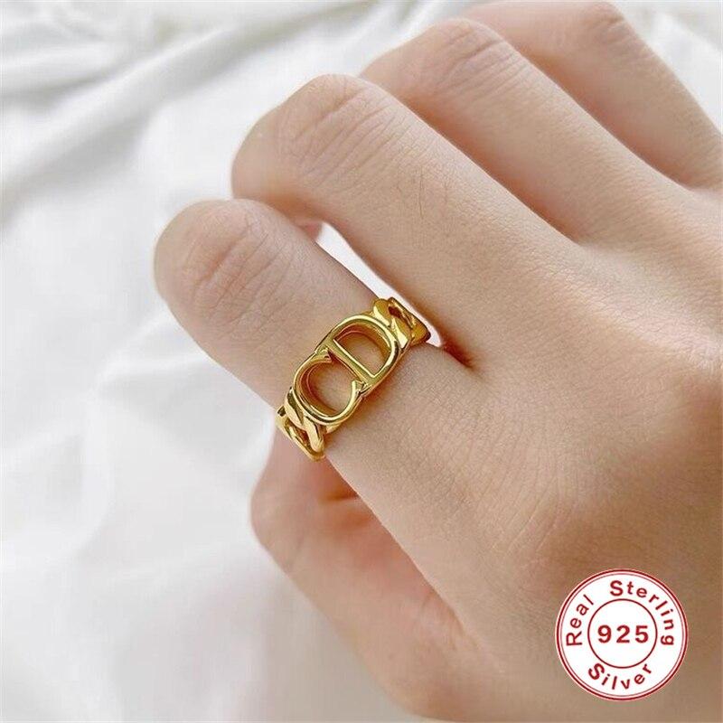Женское-кольцо-из-серебра-925-пробы-с-буквами-c-d