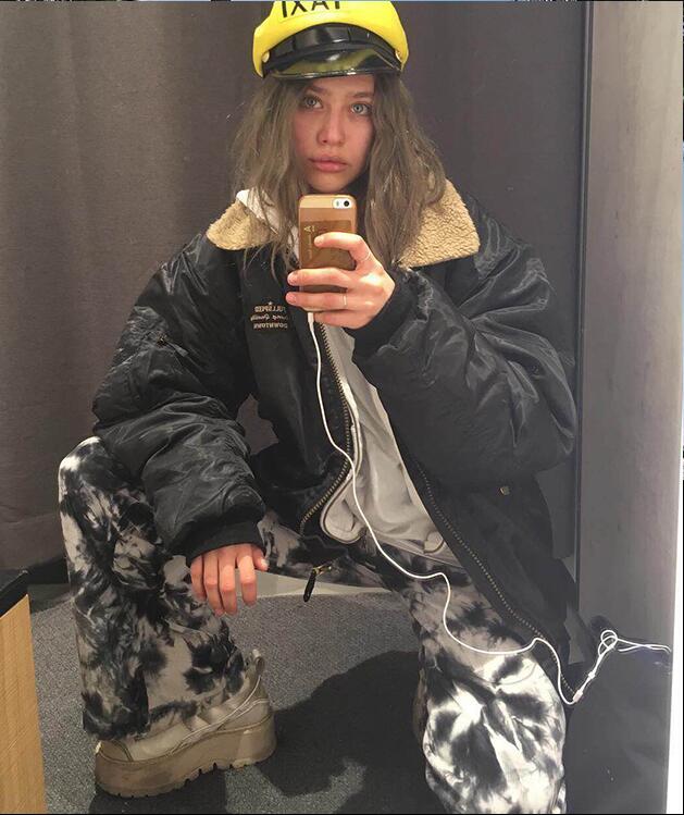 B-TOTO الأوروبية والأمريكية صوف الضأن معطف المرأة العصرية الأسود معطف مبطّن Ins الشتاء القطن معطف 2021