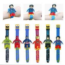 Superhéroes juguete reloj bloques de construcción Marvel hombre araña Superman Batman figura de acción juguetes para niños regalo de Año Nuevo