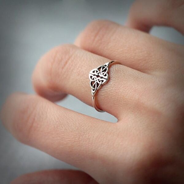 Vintage Irish Celtics Knots Heart Promise Rings for Women Irish Celtics Dublin Party Ring Jewellery