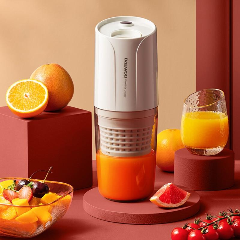 عصارة كهربائية بطيئة محمولة تعمل بمنفذ USB عصارة لا سلكية تعمل بالضغط على البارد وبطء الخضراوات والفاكهة