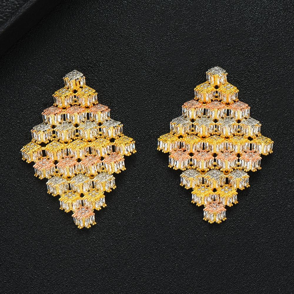 LARRAURI joyería de moda que hace Zironia cúbica pendientes de tachuela exagerados encanto grandes pendientes de declaración prismática para la boda de las mujeres