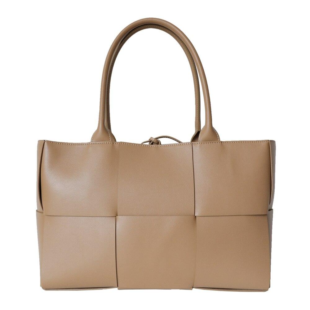 جلد طبيعي كبير السعة حقيبة نسائية صغيرة عالية الجودة المنسوجة حقائب كتف المحمولة تخفيف حقيبة كبيرة فاخرة مصمم حقائب اليد