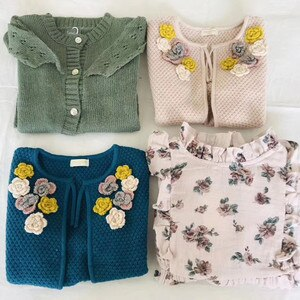 Luxury Boutique Toddler Girls Knit Vest With Flower Baby Girl Beautiful Winter Fall Cardigan Brand Kids Crochet Vest Tops