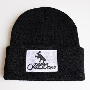 Шапка-бини с надписью на спине для мужчин и женщин, теплая вязаная шерстяная шапка, модная однотонная шапка в стиле хип-хоп, унисекс, женская шапка в стиле хип-хоп