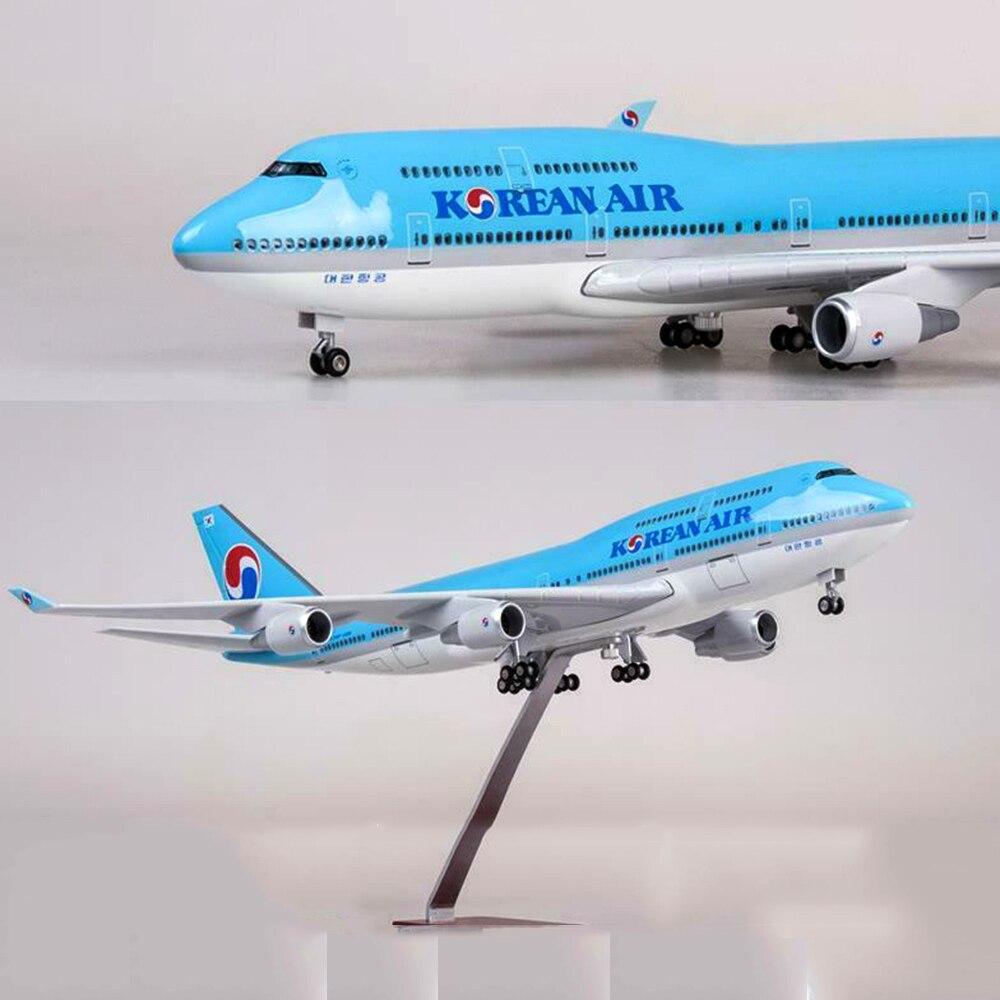 47CM New stock 1/157 KOREAN AIR PLANE Model LED Light Passanger Plane B747 Resin Airplane Toy Aircraft Model With light