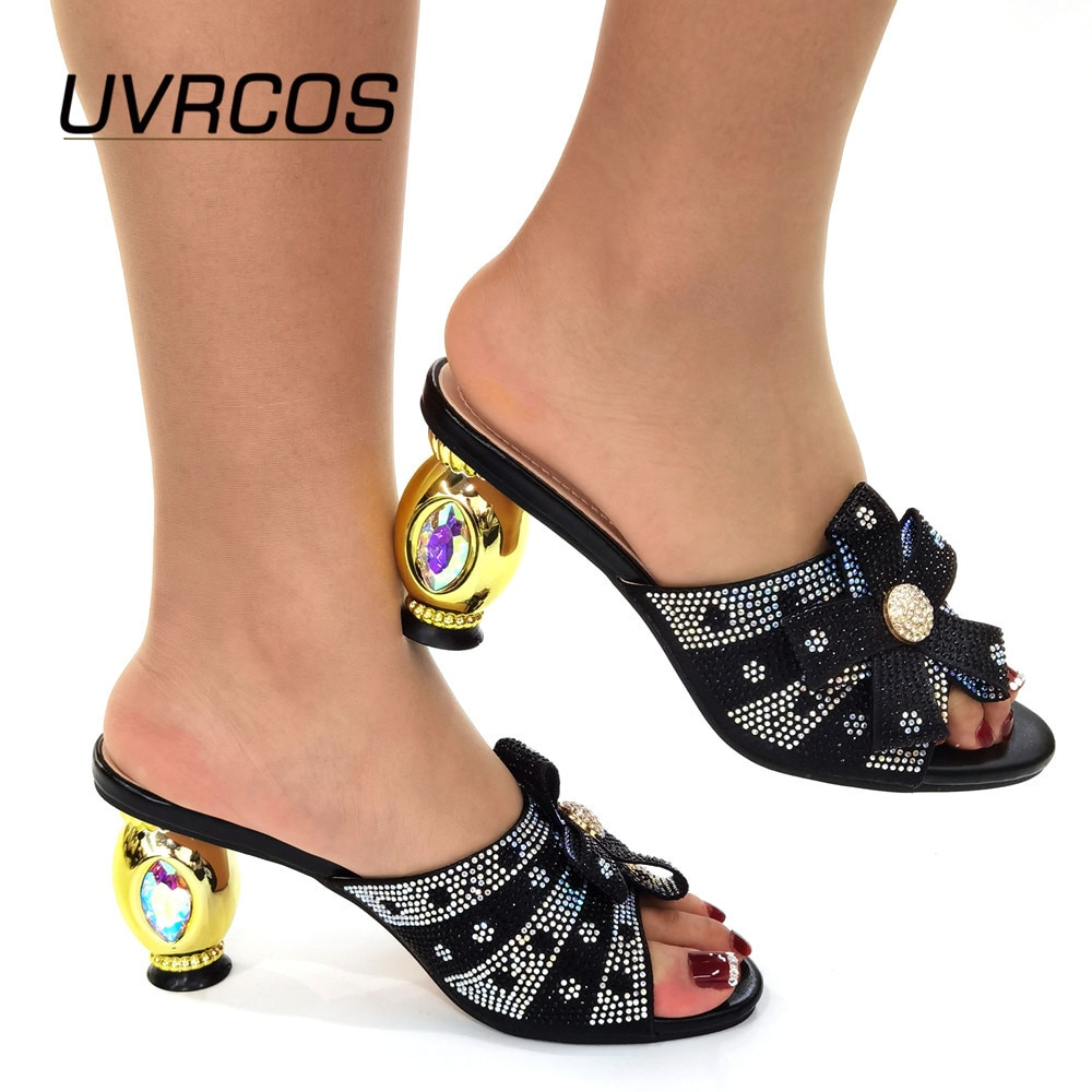 Sapatos para Casamento Sapatos de Casamento Decorado com Strass Bombas de Festa Orvalho Chegada Mulher Luxery Sapatos Italiana