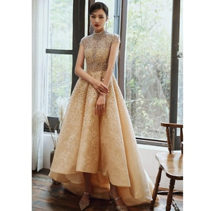 2020 Elegant Champagne Eveing Dresses High Neck Short Sleeve Sequins Beads Lace Sweep Train Prom Party Gowns robe de soiree
