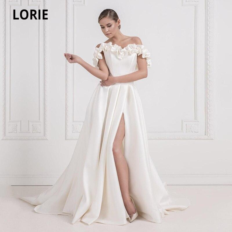 Платье свадебное атласное с цветочным принтом, открытыми плечами и разрезом сбоку