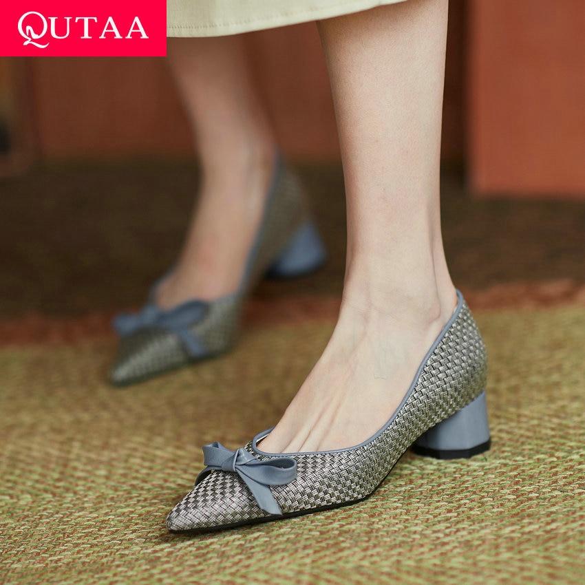 QUTAA 2021 Bowknot أشار تو أحذية النساء الموضة الانزلاق على ساحة ميد الكعوب ستوكات الربيع الخريف الإناث مضخات حجم 34-43