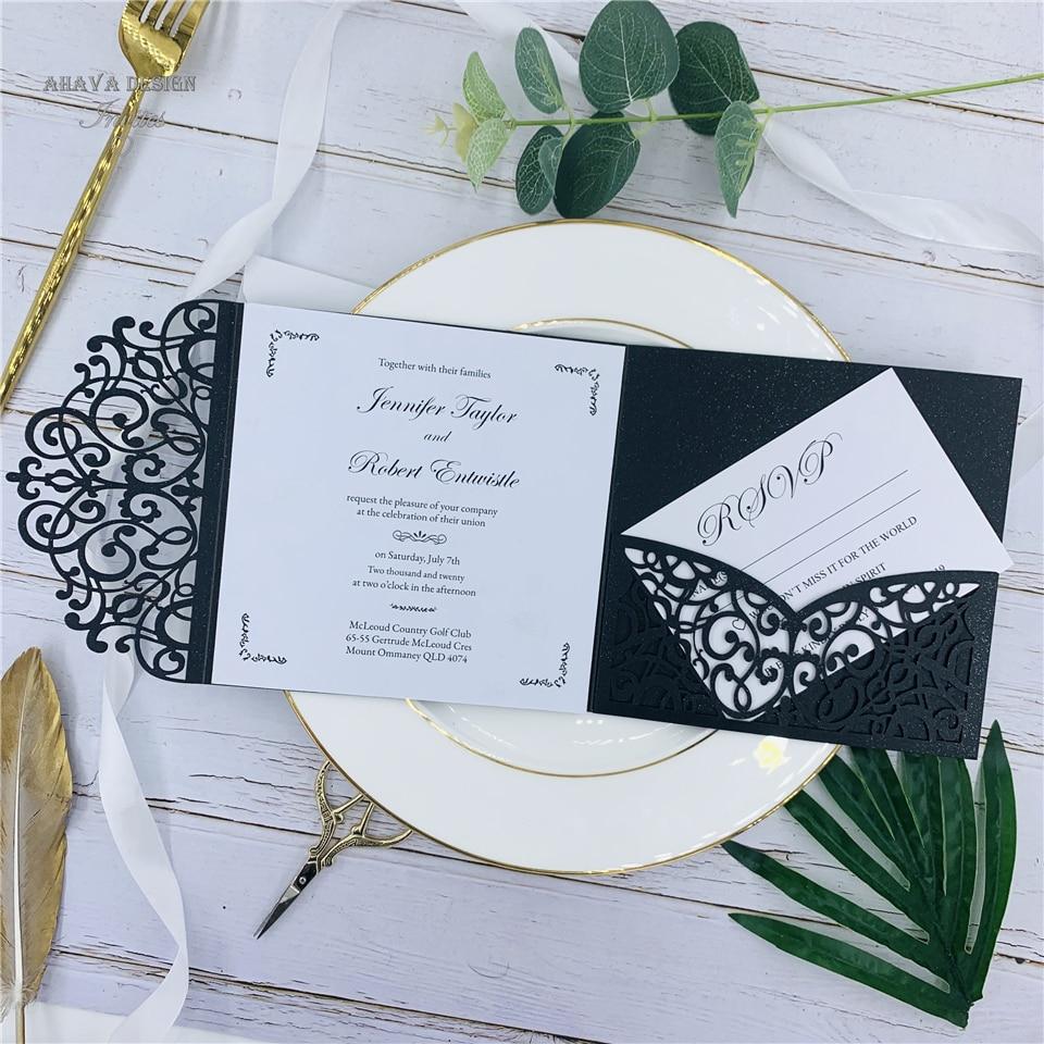 Negro moderno corte con láser personalizado invitación de boda con banda del vientre, tarjeta RSVP y sobre