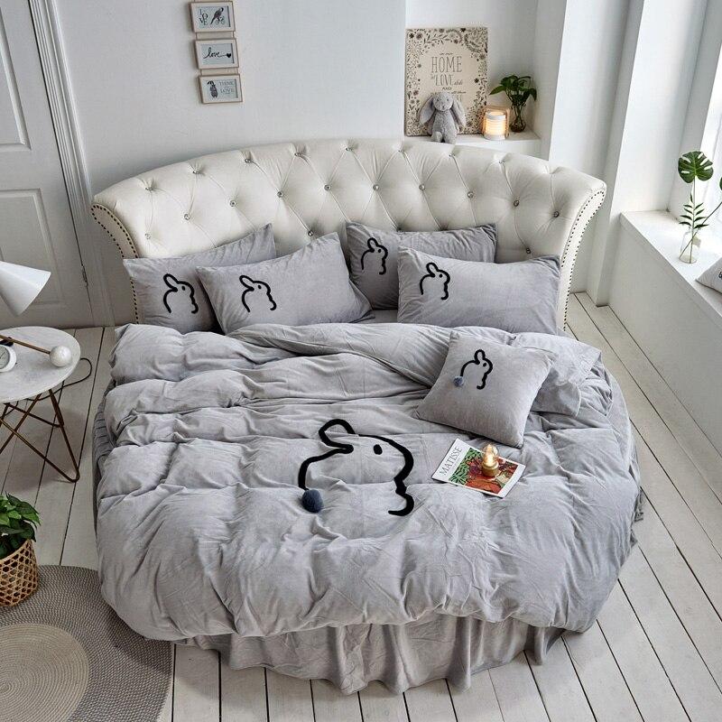 4 Pcs Cartoon Rabbit Winter Round Bedding Set Baby Velvet Padded Bedding Plus Plush Bed Skirt Coral Fleece Solid Bed Comforter