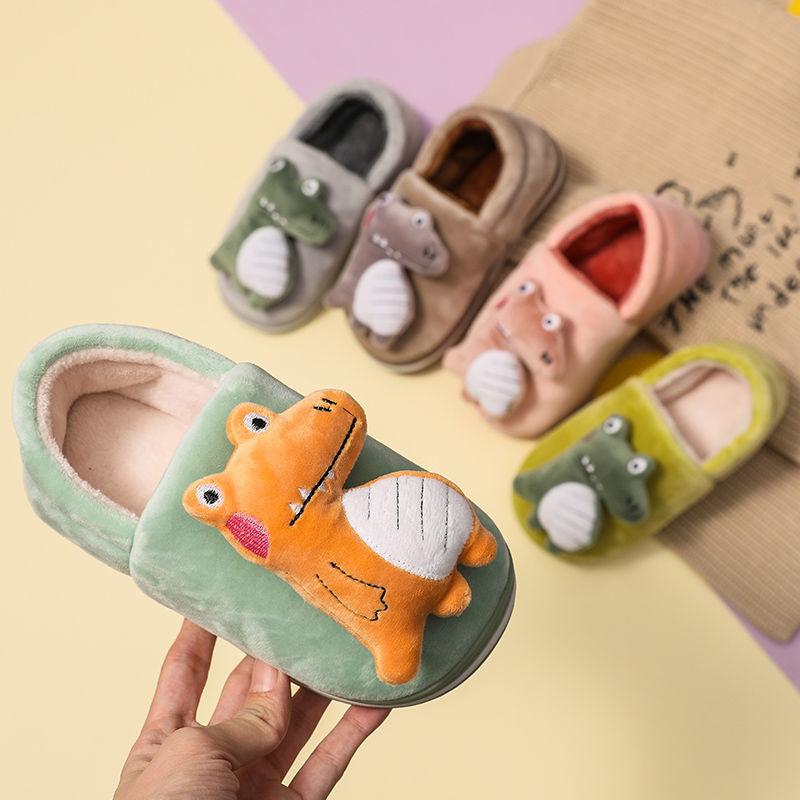 Children cotton slippers winter boys and girls cartoon dinosaurs non-slip warm shoes children home heel wrap sandals