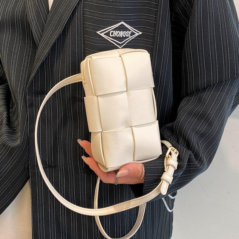 White Mini Crossbody Bags for Women Luxury Soft Leather Shoulder Bag Small Woven Messenger Bag Ladies Summer Weave Chest Bag Sac