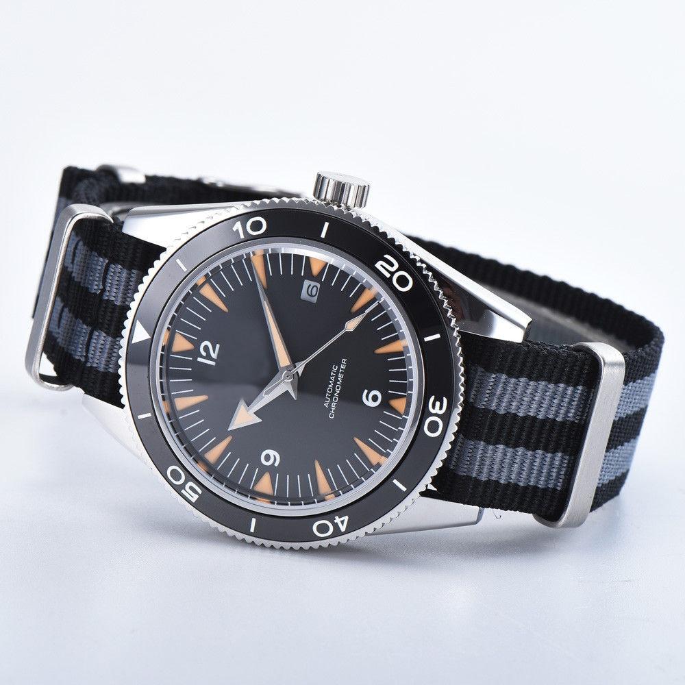 Debert 41 مللي متر الرجال ووتش الياقوت التلقائي الميكانيكية الفاخرة العلامة التجارية الرياضة للماء 007 ووتش ساعة اليد الرجال النايلون حزام