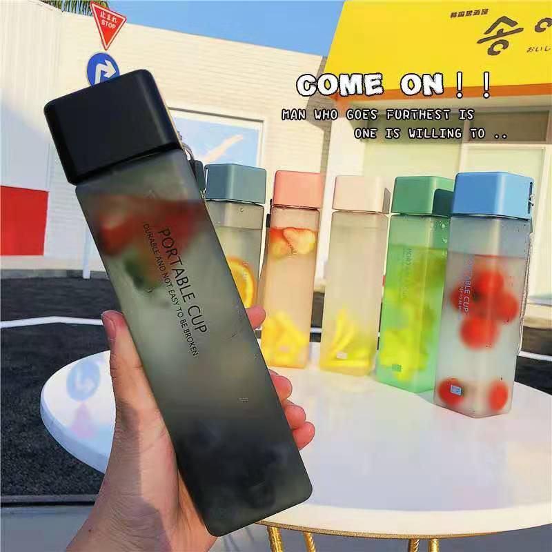 New Hot Square Frosted Plastic Water Bottle Portable Transparent Bottle Fruit Leak-proof Outdoor Spo