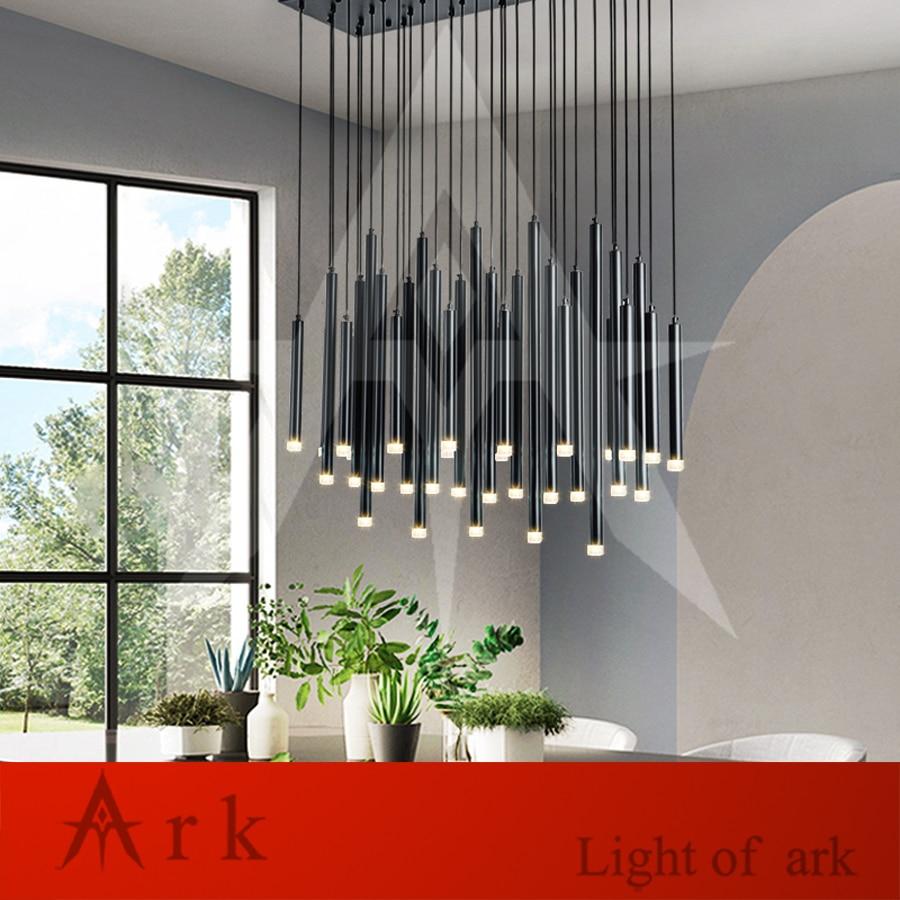 luminaria pendente de aluminio canelar 21 cabecas cor preta dia 3cm forma de cilindro