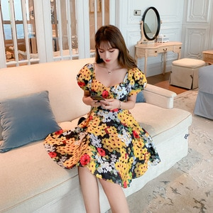 French Platycodon Skirt 2021 New Short Sleeve Square Collar Floral Dress Summer Women's Fashion