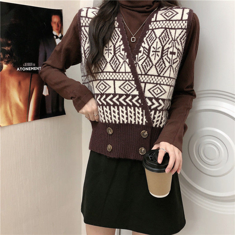 Autumn / winter 2020 new Korean loose and versatile foreign style knitted waistcoat women's Retro jacquard V-neck vest ins enlarge