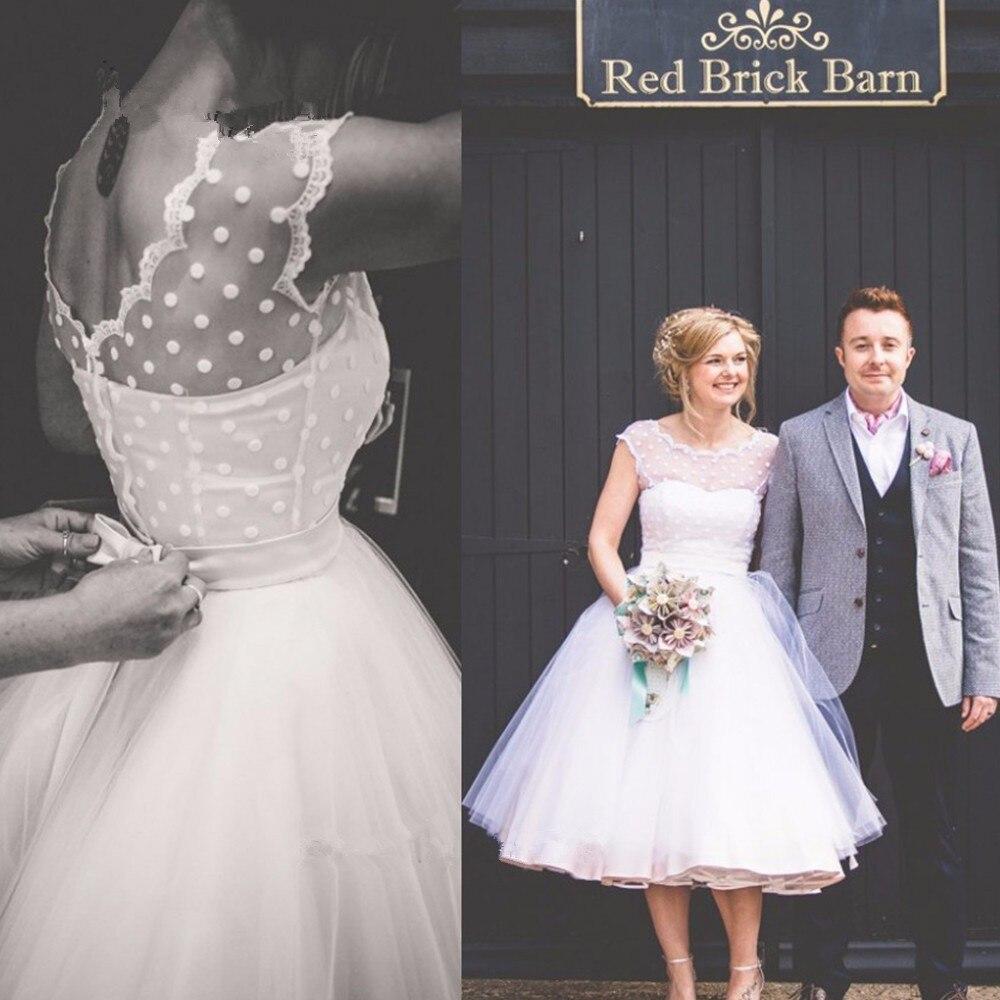 Vintage Short Lace Brides robe de mariee 2018 Vestido de Noiva Curto Knee Length bridal Gown V Back Trouwjurk bridesmaid dresses