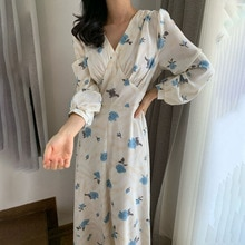 Autumn New 2021 Retro Temperament Dress Korean Fashion V-neck Long Sleeve Printing Women's Clothing