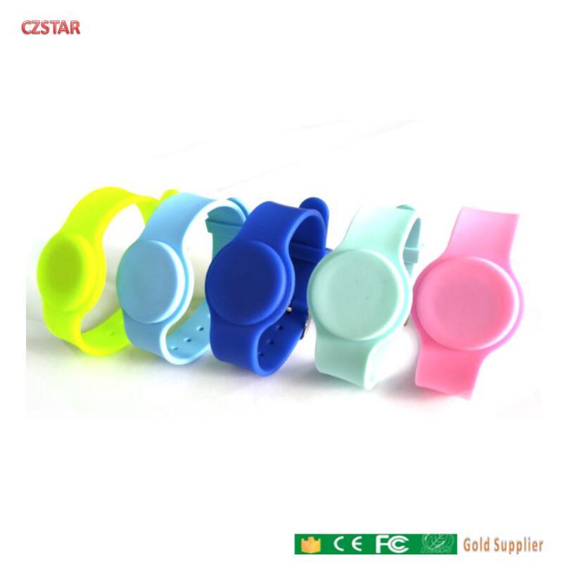 125kmhz tk4100 chip RFID Silikon Armbänder Einstellbare Uhr Typ Silikon RFID Handgelenk Strap RFID Tag wasserdicht