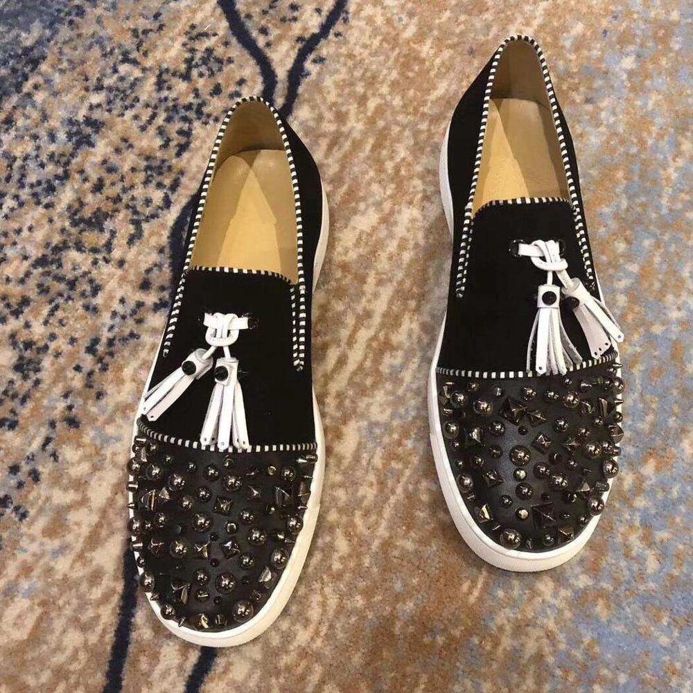 Luxury Fashion designer wedding Shoes for Men black tassels with rivets flat shoes Man Party dress Formal prom business shoes