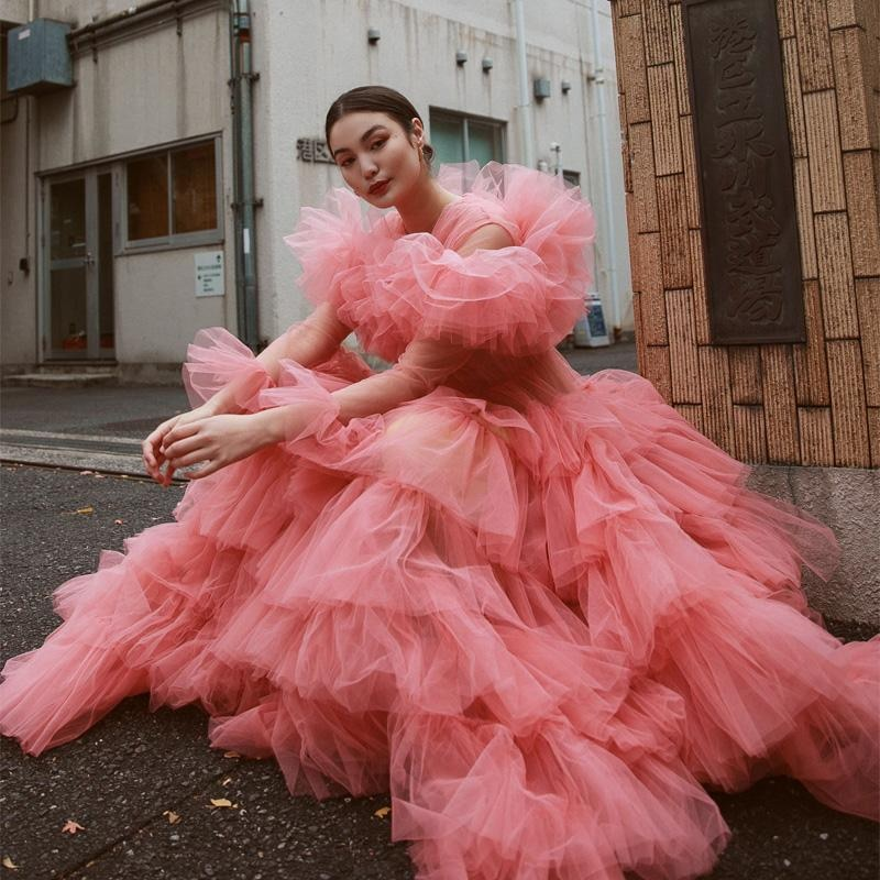 Chic Pink Tiered Ruffles Prom Dresses Sheer Neck Full Sleeve Evening Dress Vintage Illusion Ball Gown Formal Party Gowns amazing 2020 new prom dresses ball gown tiered ruffled tulle purple unique evening dress strapless celebrity pageant gowns