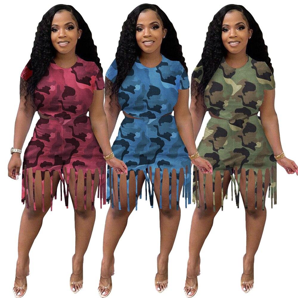 2 قطعة مجموعة ملابس النساء المحاصيل تي شيرت وبناطيل قصيرة شرابة التمويه طباعة Bodycon الصيف الشارع الشهير العسكرية رياضية
