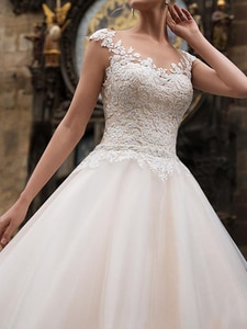 MNGRL Bridal Dresses Luxury O-neck Sleeveless White Lace 3D Flower Backless Wedding Gown Tail Plus Size Wedding Dress