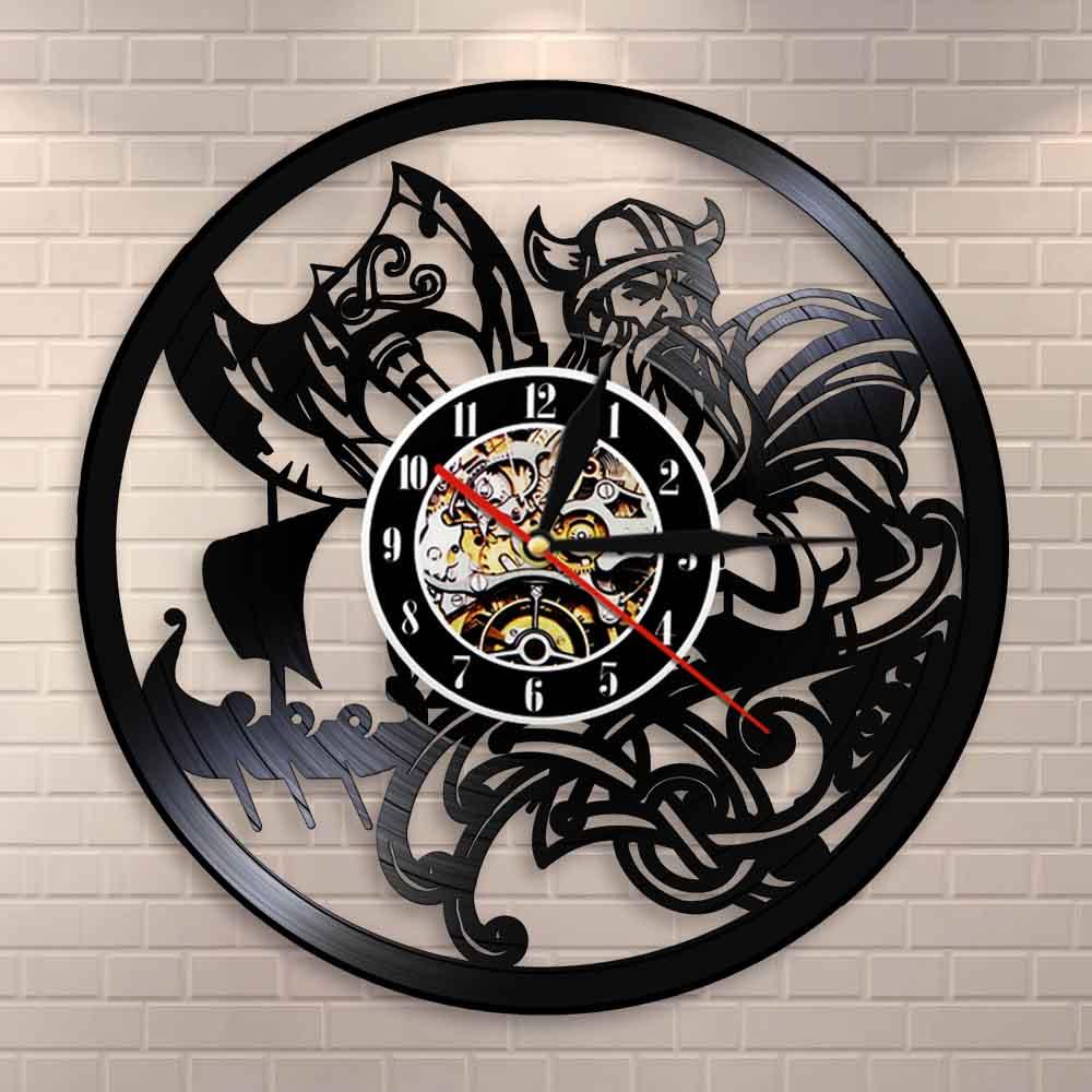 Reloj de pared vikingo escandinavo orando Odín Asgard Valhalla Medieval vikingo Thor Ragnarok runas nórdicas Nordland Axe Reloj de pared