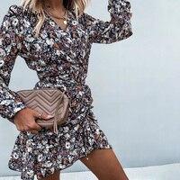Цветочное мини-платье Посмотреть