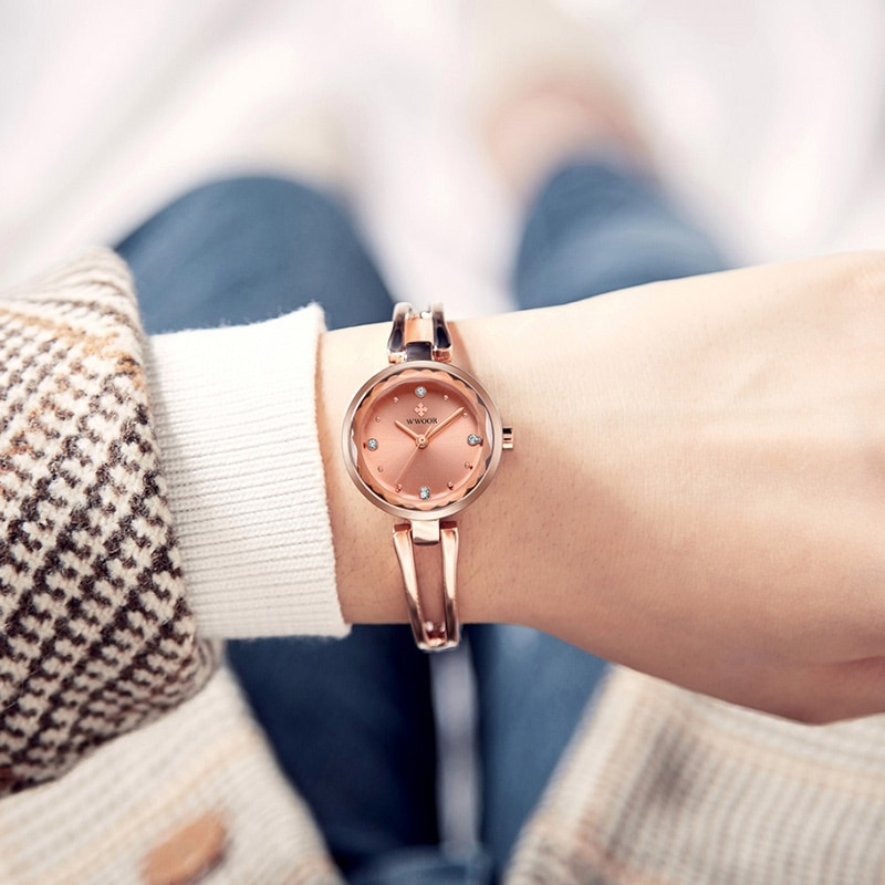 WWOOR Top Brand Luxury Women Watches New Fashion Diamond Quartz Clock Ladies Elegant Dress Bracelet Watch Women Reloj Mujer 2021 enlarge