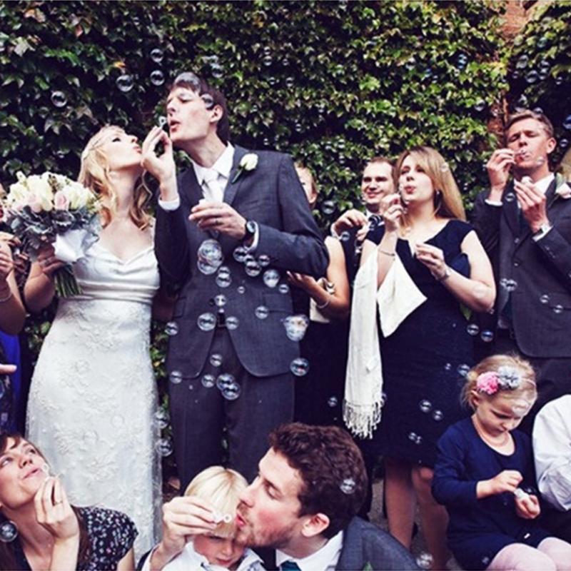 Botella Para jabón con Burbujas Para boda, diseño De corazón, Burbuja, pompones...