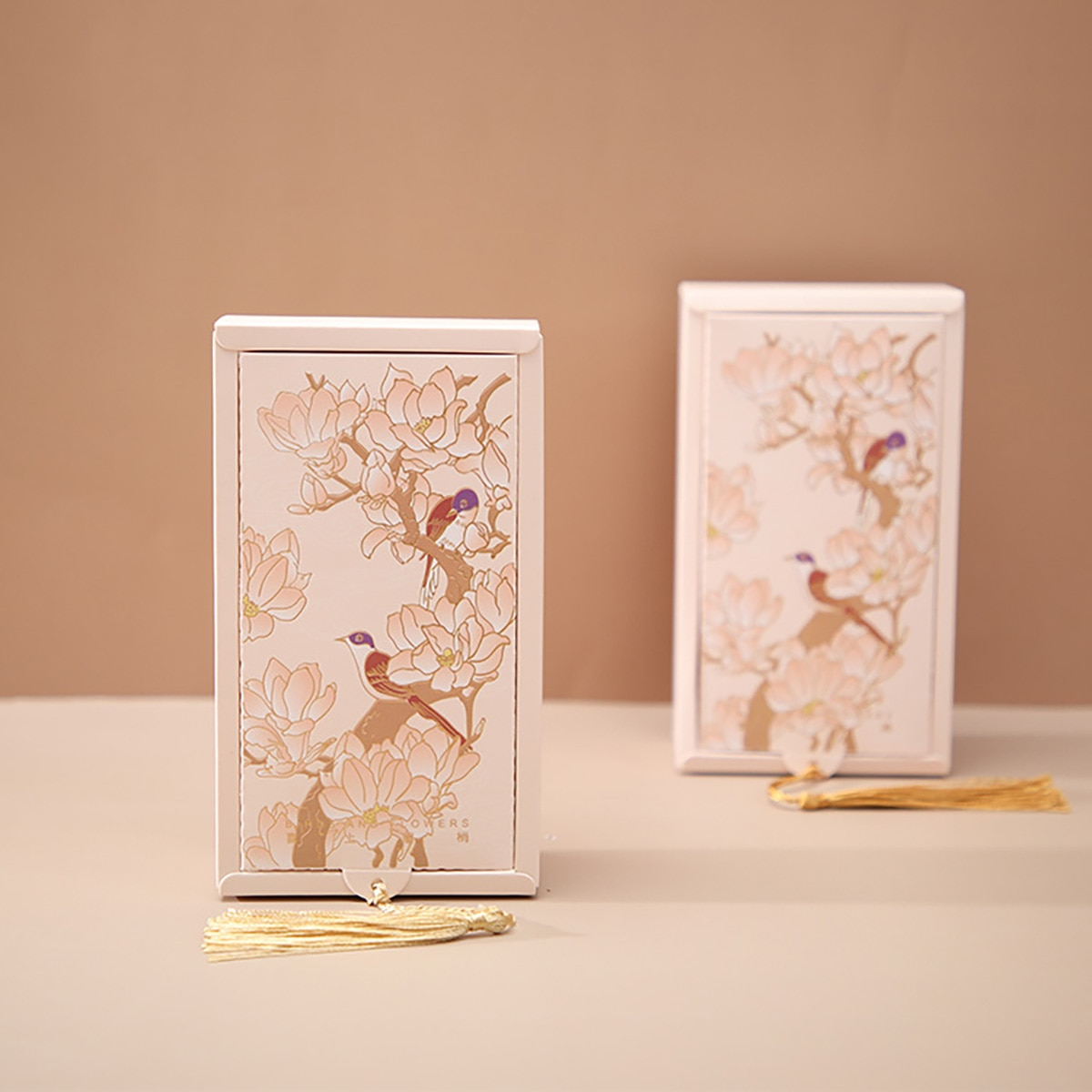 AVEBIEN Creative Bookmark Aesthetic Wedding Candy Gift Paper Packaging Box Birthday Party Chinese Style Retro Candy Flower Boxes