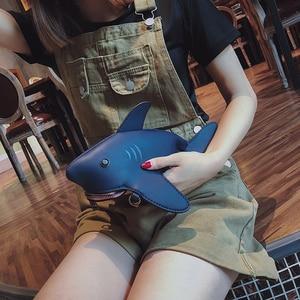 New Shark Shape Messenger Bag High Quality Pu Leather Ladies Shoulder Bag Personality Cartoon Small Bag Ladies Crossobdy Bags
