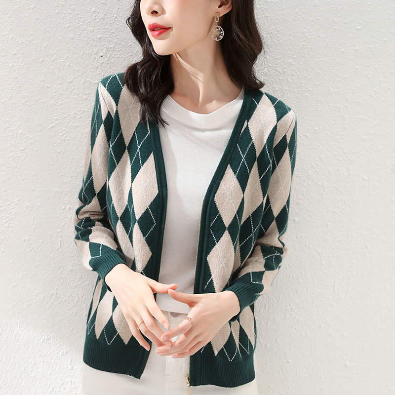 Autumn Women Cardigans 100% Wool Knitted Sweater Vintage Geometric Rhombic Cardigan 2021 Casual V-Neck Elegant Outerwear Tops enlarge