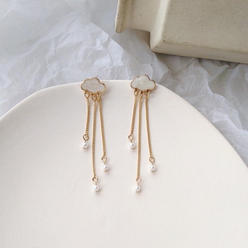 Pendientes coreanos bonitos creativos con Clip en forma de nube y borlas de perlas accesorios de joyería de moda para mujer