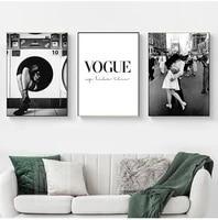 Affiche murale de mode  toile imprimee en noir et blanc  peinture de parfum de femme  images pour salon  mode Vintage  decor de maison
